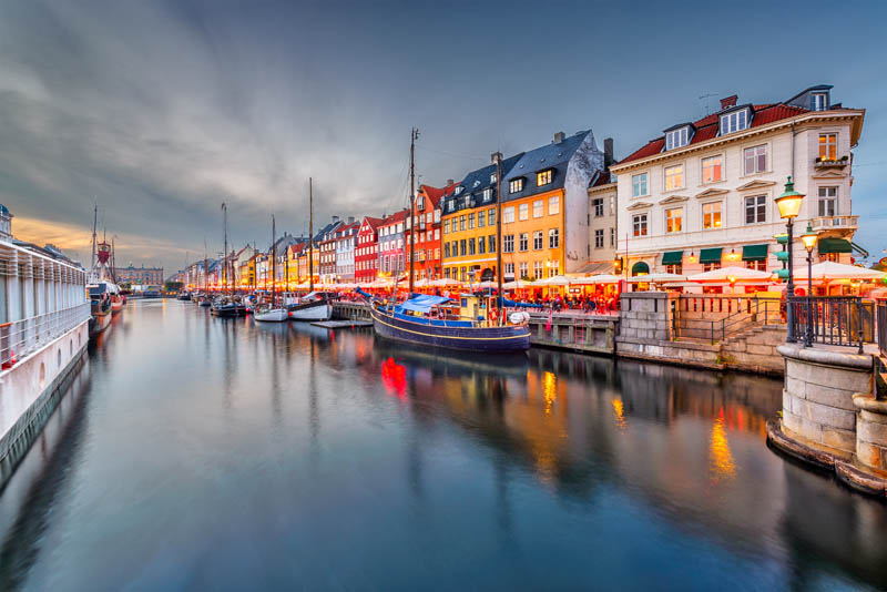 Obrazek przedstawiający Danię wieczorem